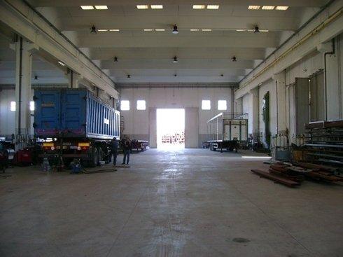 Ala interno capannone