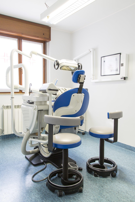 laboratorio studio dentistico 2