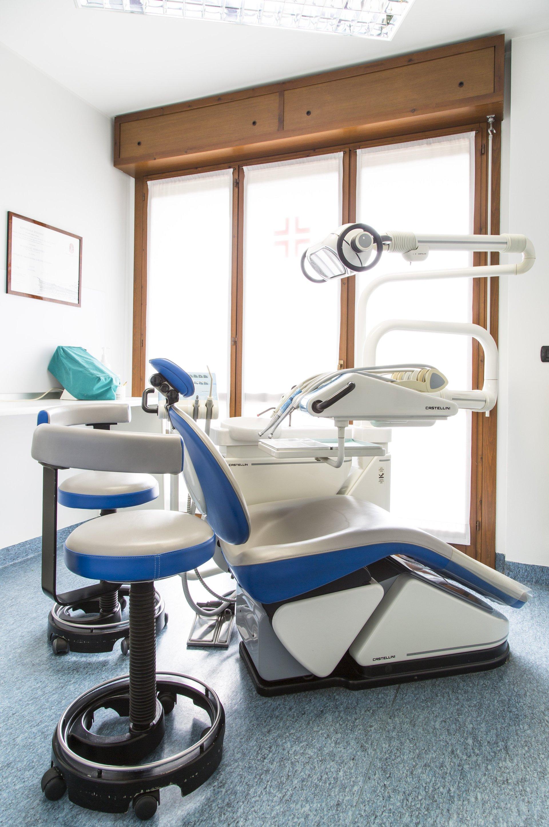 laboratorio studio dentistico 1