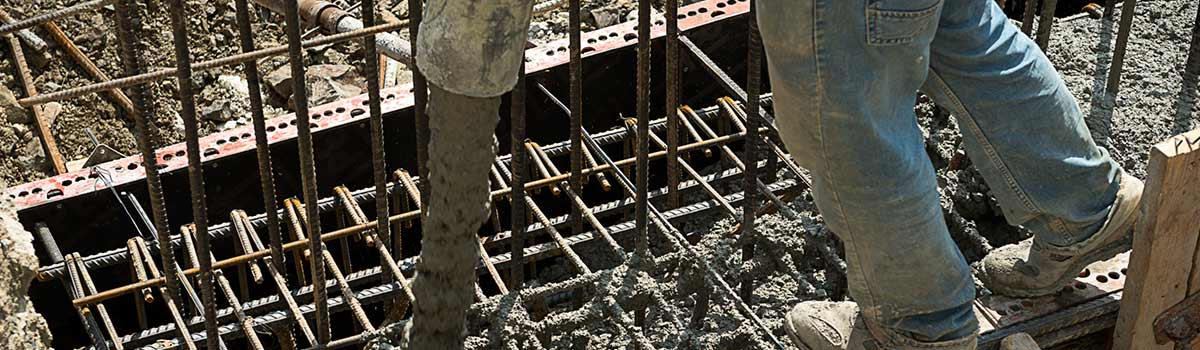 hunter concrete pumping hire pipe pouring concrete