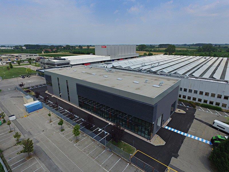 Costruzioni e coperture industriali poirino to copri for Piani di capannone per uffici esterni