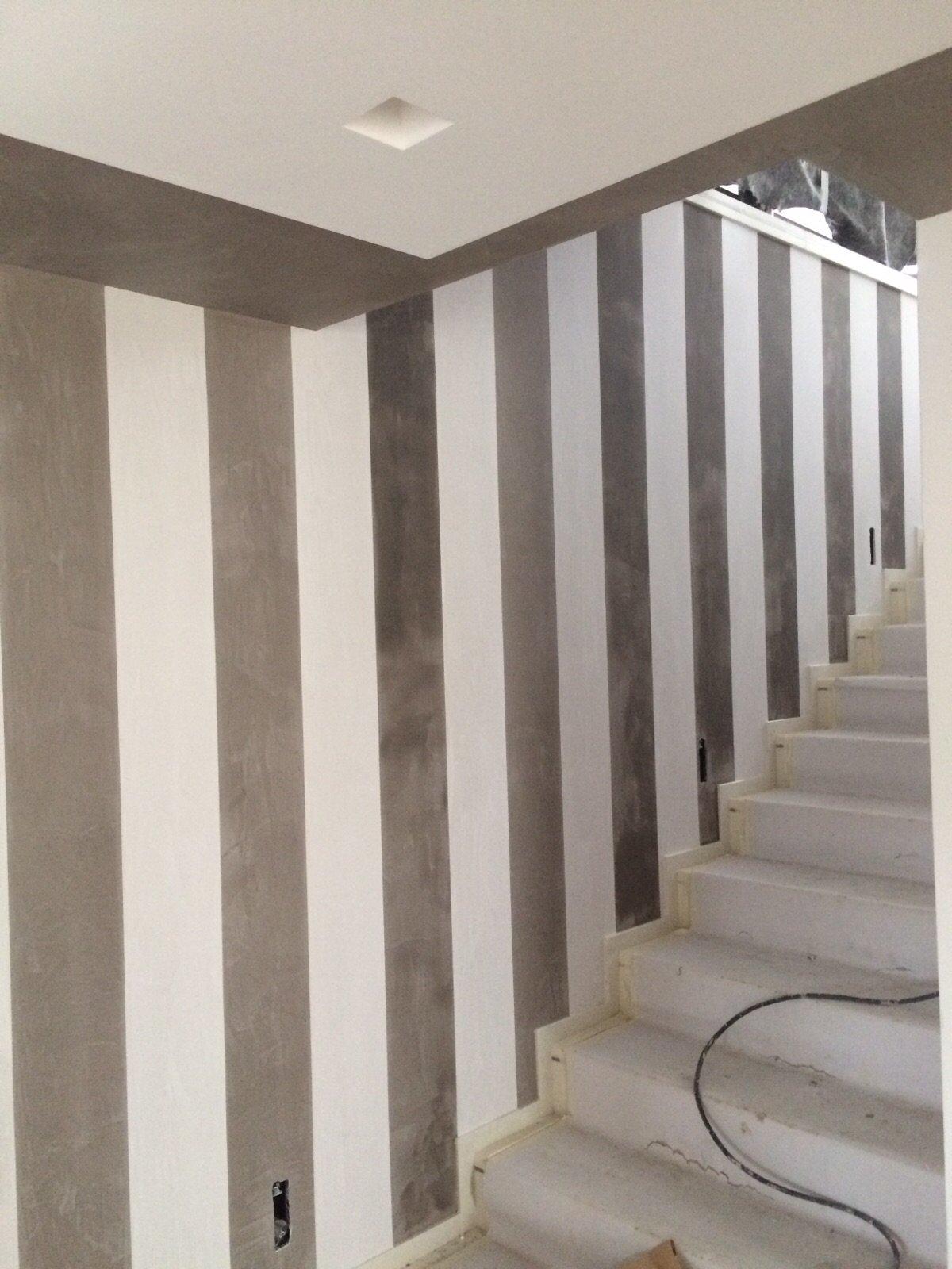 scalecon parete a righe