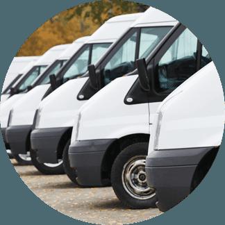 furgoni parcheggiati in autonoleggio
