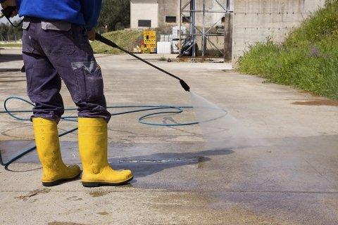 pulizie pavimentazioni industriali