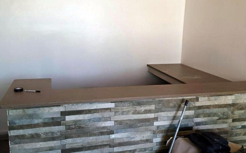 Posa rivestimento decorativo