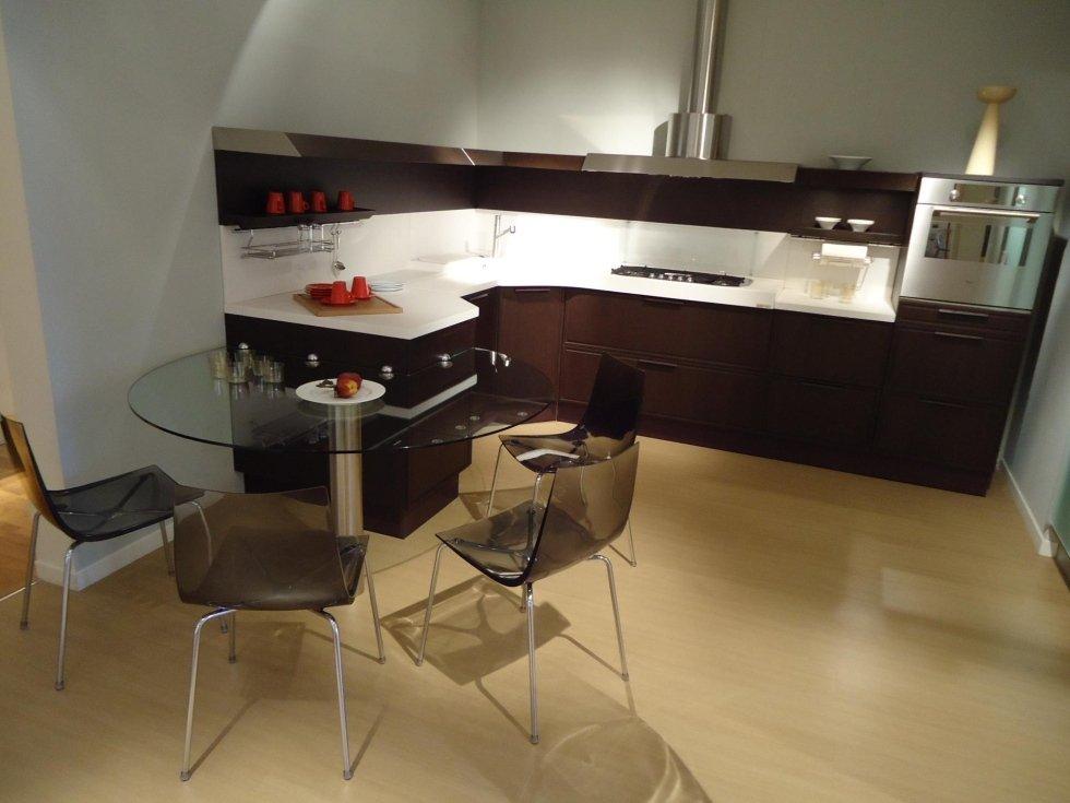 Cucine occasione design tavernetta arredamento moderno for Quanto costruire una casa in stile artigiano