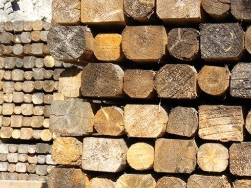 pali legno, taglio legna