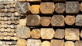 paleria in legno, finitura del legno, carburanti per riscaldamento