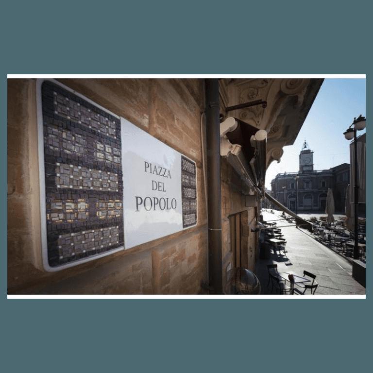 particolare targhe toponomastiche centro storico Annafietta