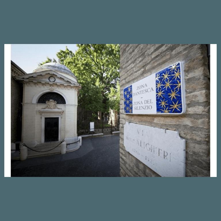decorazioni targhe centro storico Ravenna