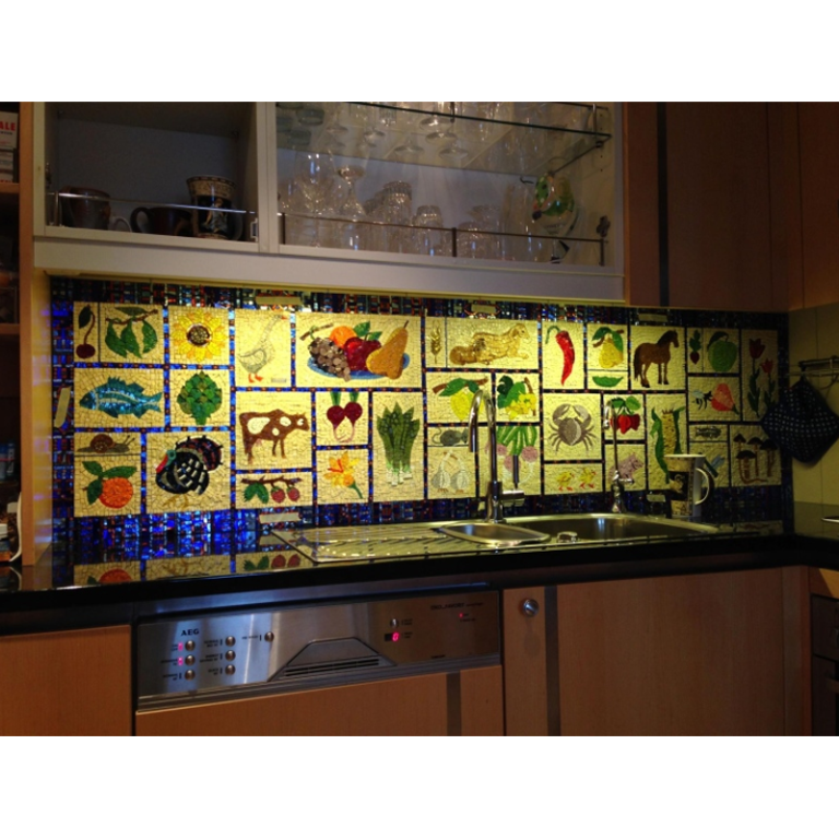 Kitchen mosaic panel