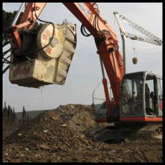 escavatori mezzi pesanti movimento terra