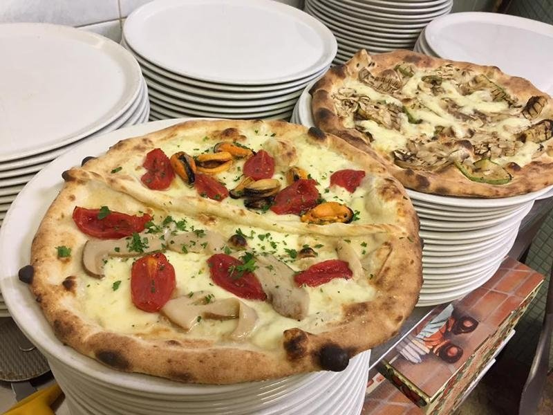 pizzeria lo scugnizzo Terni