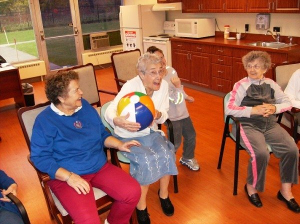 Enjoyment games for aged people in Park Creek