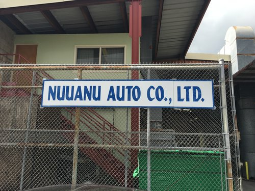Auto paint color match being done in Honolulu, HI