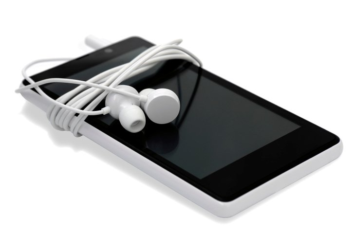 hearing loss danger from iPads & iPhones - The Center for Audiology - Houston & Pearland TX
