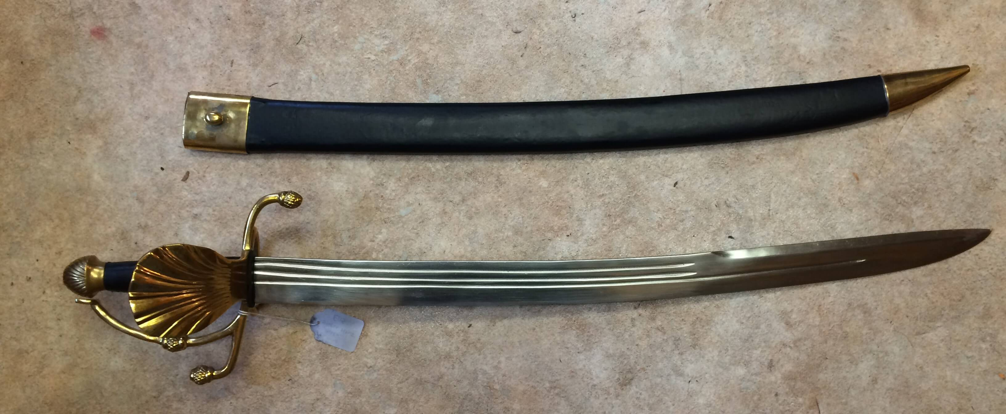 Plain bladed Shell Cutlass