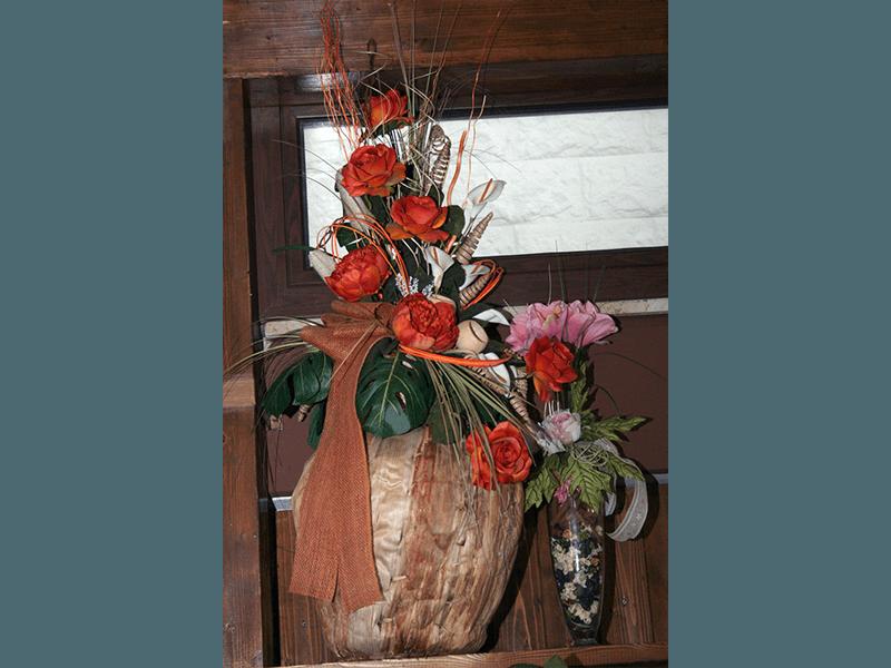 Composizione floreale rustica