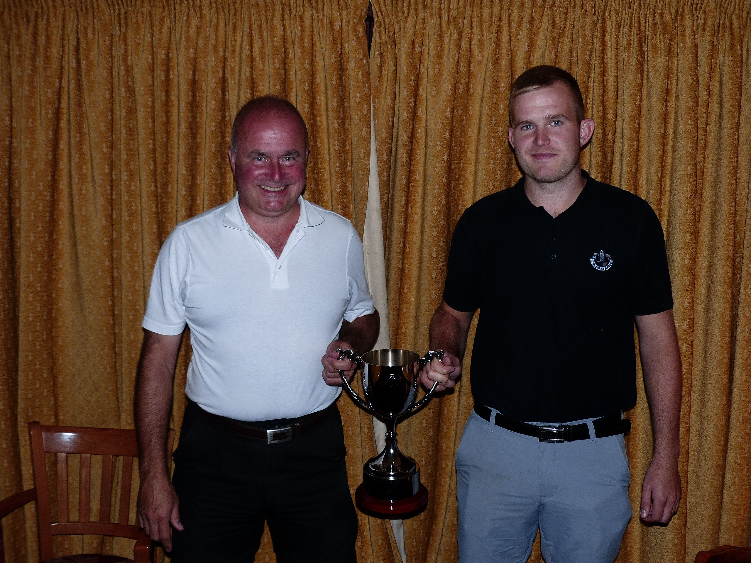 Players in pairs for the scottish paris golf challenge