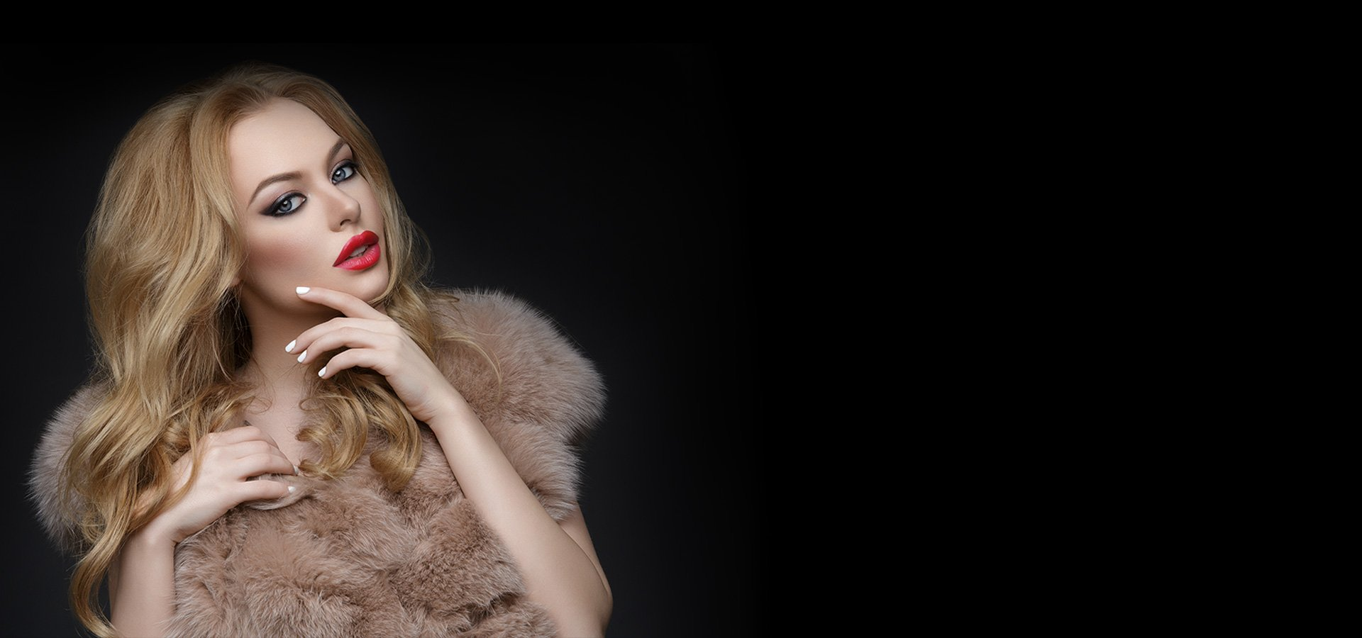 blonde girl with red lipstick and fur