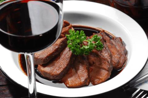 stufato al vino rosso