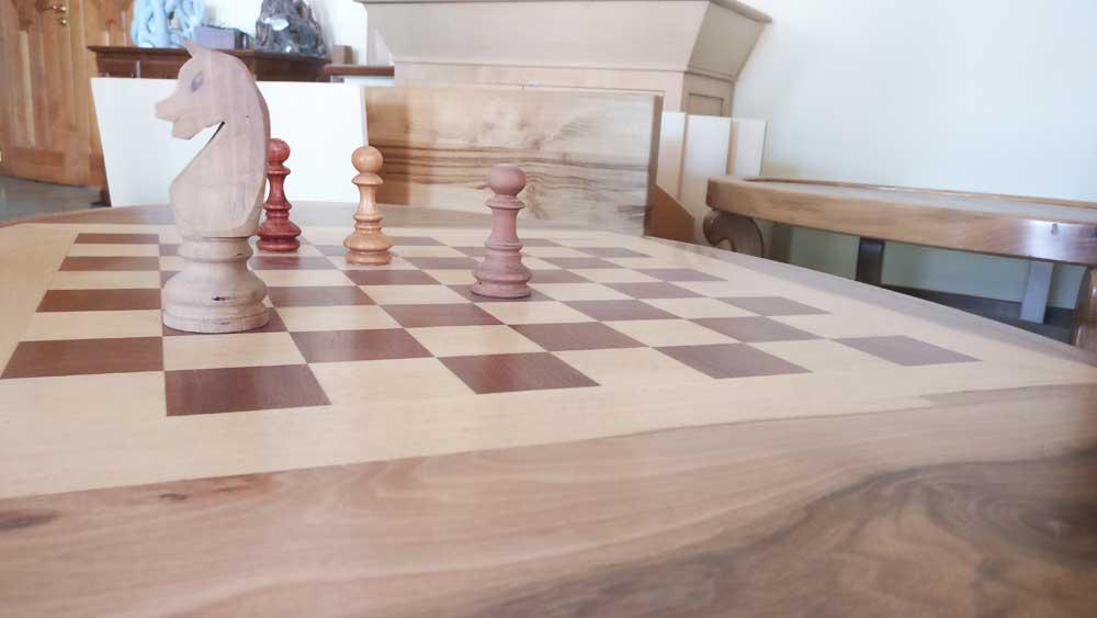 realizzazione oggetti in legno