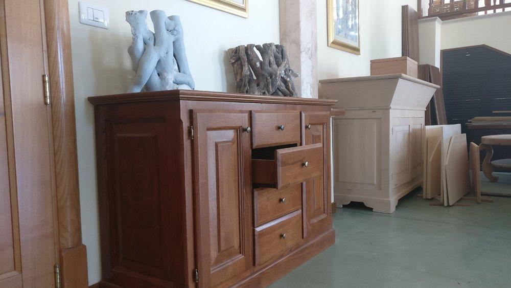 mobili di legno su misura