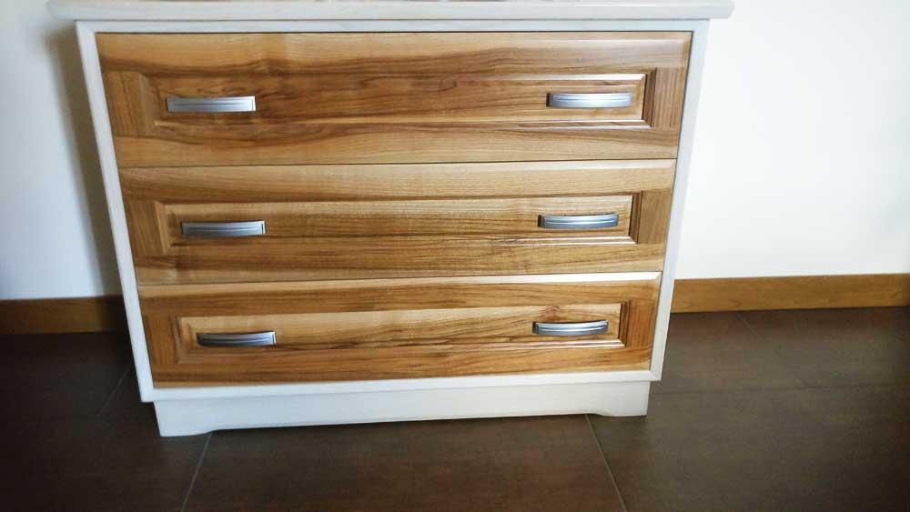 realizzazione mobili in legno personalizzati