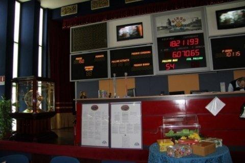 Bingo Galleria srl, Civitavecchia (RM), tabelloni bingo