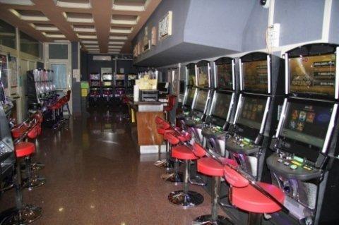 Bingo Galleria srl, Civitavecchia (RM), macchinette da gioco