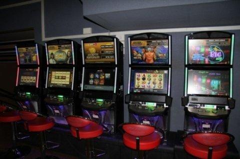 Bingo Galleria srl, Civitavecchia (RM), slot machines e bingo