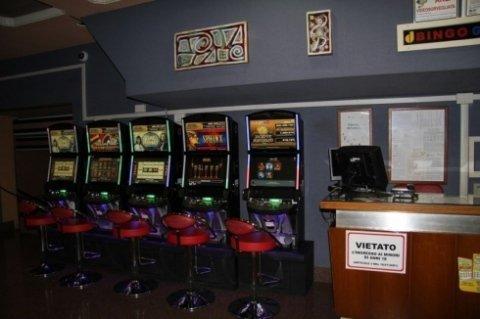 Bingo Galleria srl, Civitavecchia (RM), sala gioco