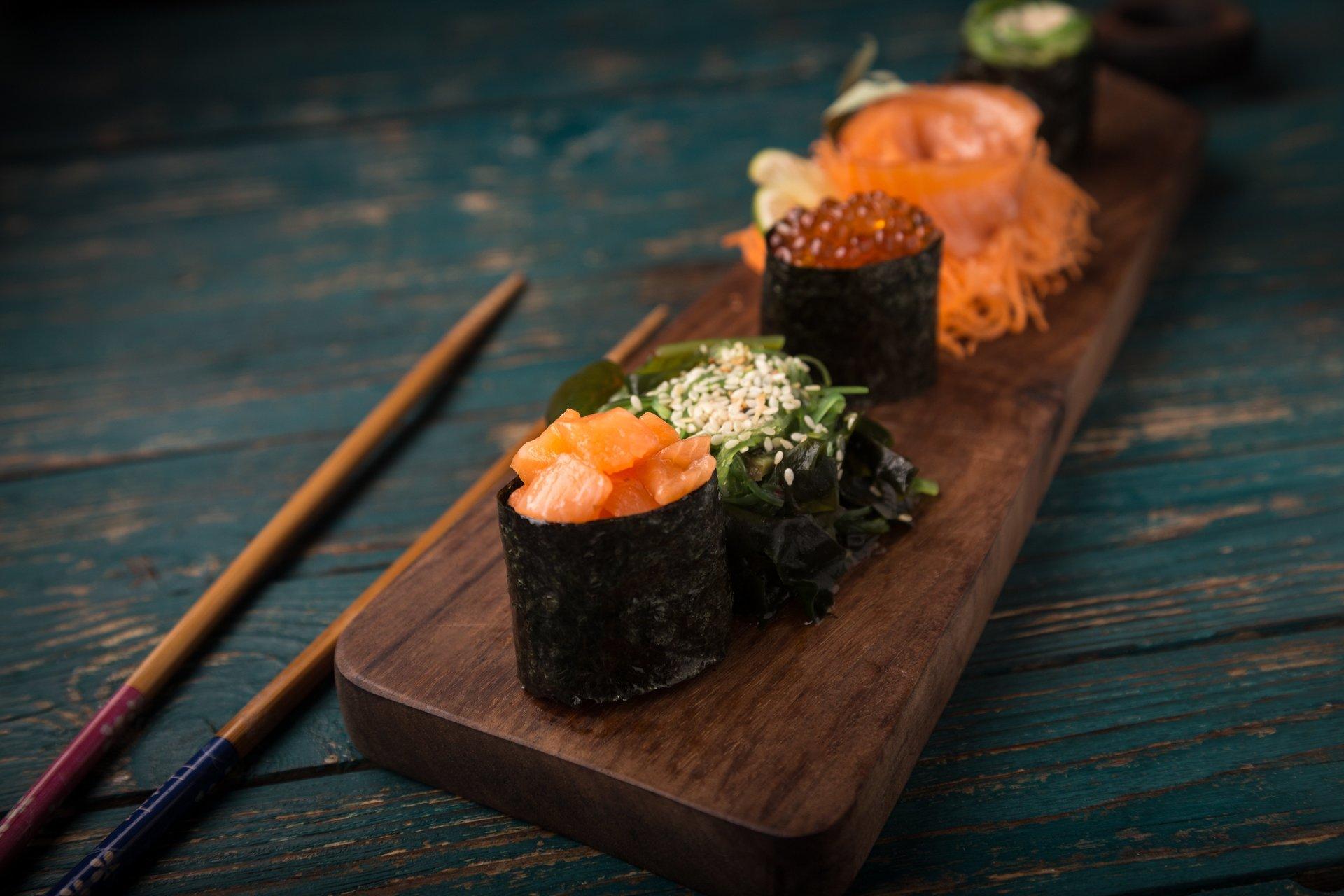 Osomaki, futumaki,maki, nigiri e sashimi