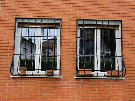 finestre con inferriate in ferro