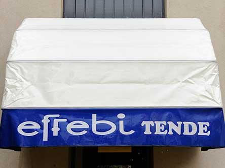 tenda parasole con scritto effebi tende
