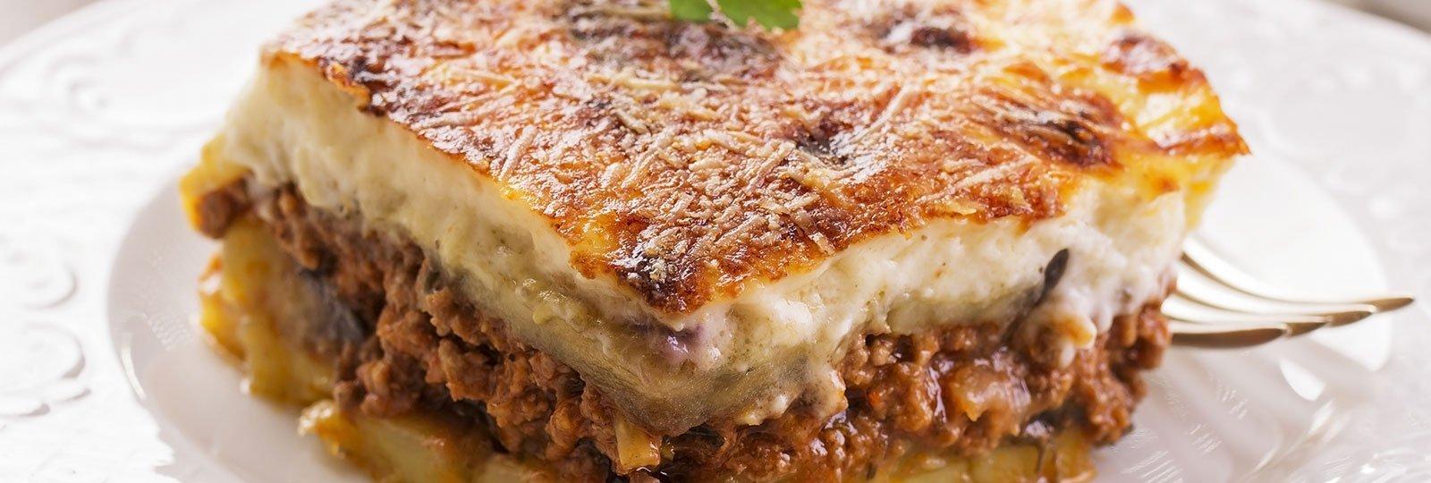 un piatto di moussaka