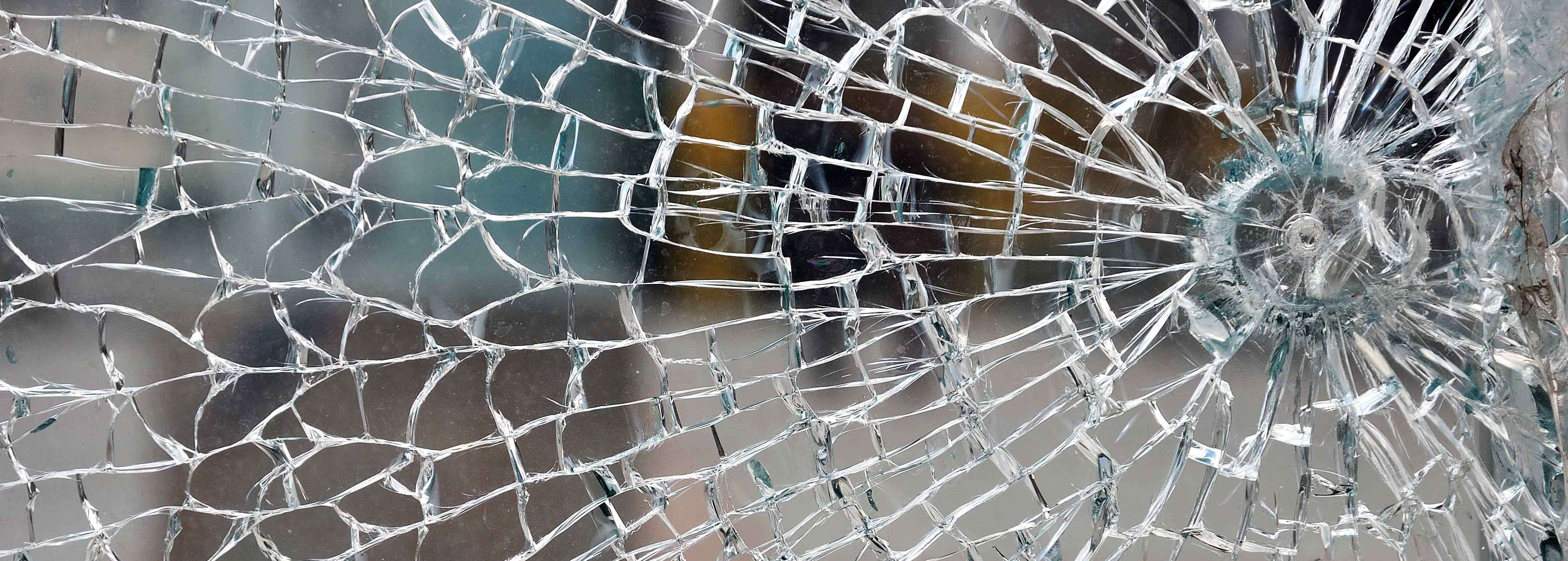 Our specialist glaziers in Hamilton can get to all the hard to reach places