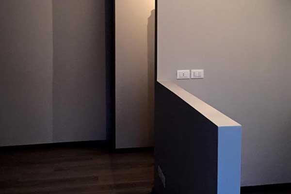 vista di una ristrutturazione moderna di una casa