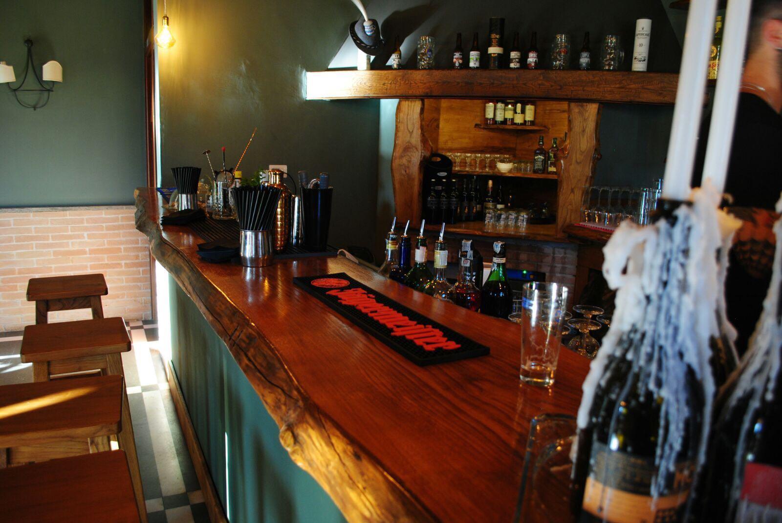 Pub e Cocktail Bar