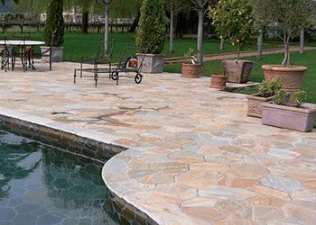 Trattamento pavimenti in pietra