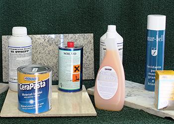 Prodotti per il trattamento dei pavimenti in marmo