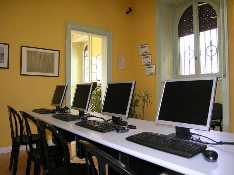 Aula computers Crema - Autoscuola Europa