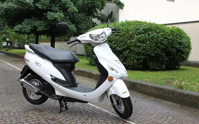 Scooter autoscuola Europa - Crema