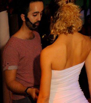 Coppia balla al discobar Dema di Villorba