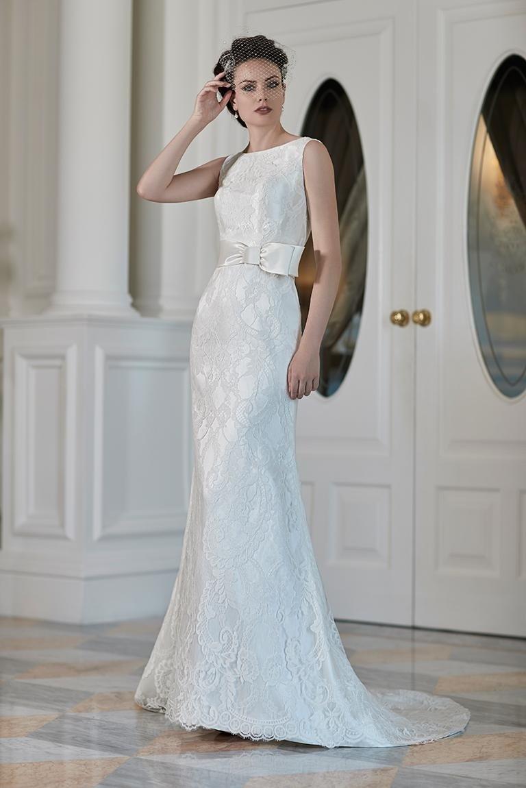 Vestito da sposa con strascico