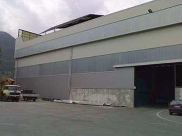 Tamponamento edificio industriale
