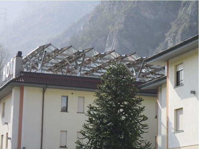 """Struttura di sostegno impianto fotovoltaico Hotel """"2 Magnolie"""" Pianborno (BS)"""