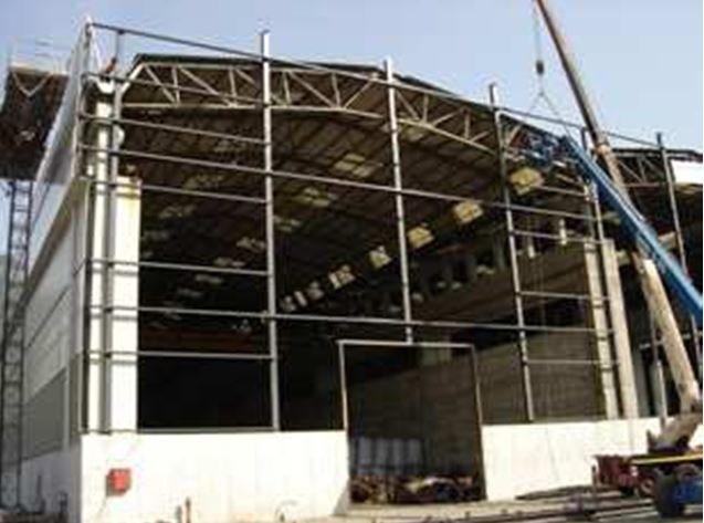 Baraccatura metallica di capannone industriale. CARBOFER S.p.a Piancamuno (BS)