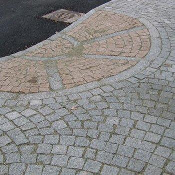 una pavimentazione in pietra