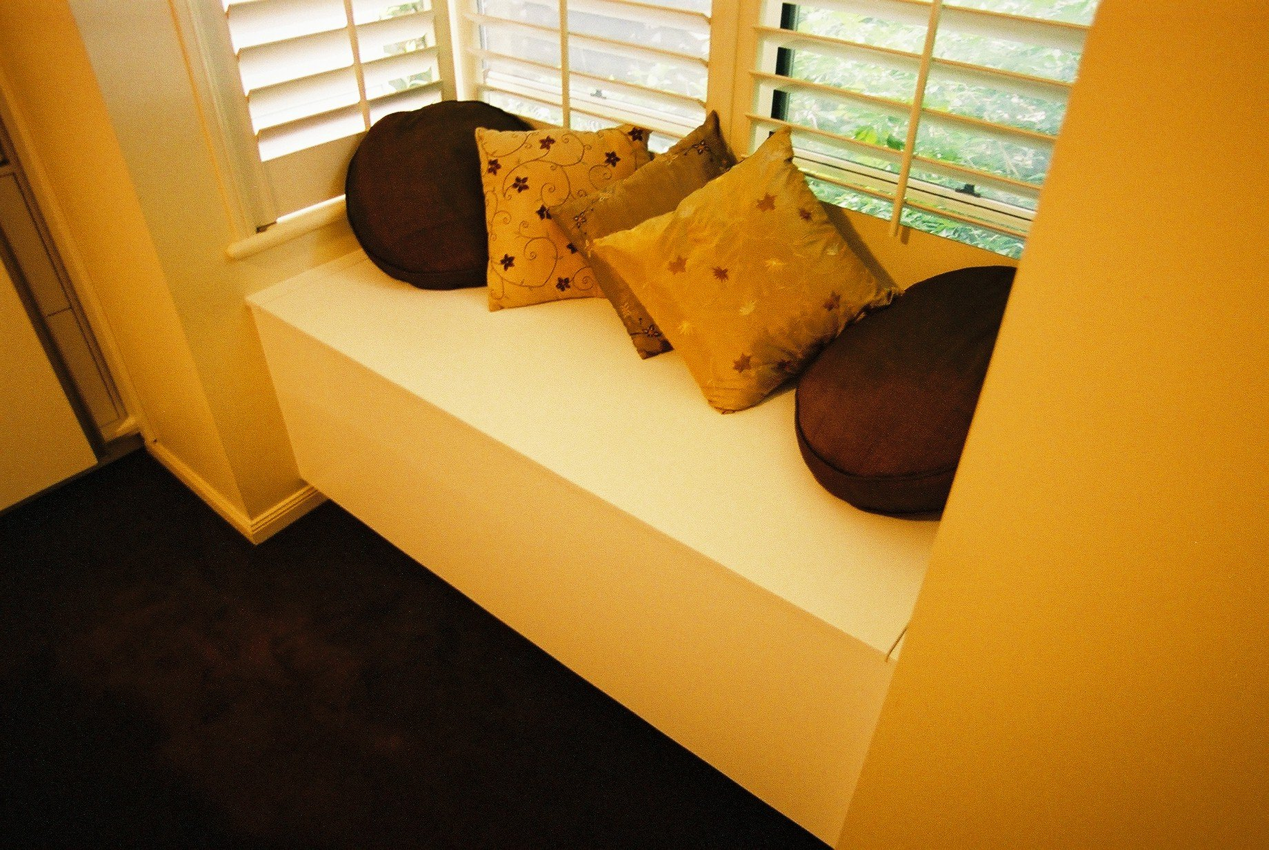 Window seating with storage